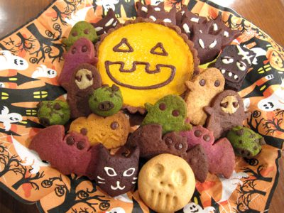 ハロウィンのクッキーとタルトが勢ぞろい