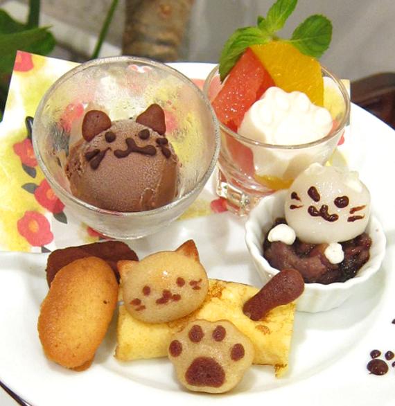 猫ねこアフタヌーンティーのケーキスタンド上段